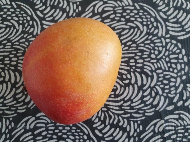 Yritän innostua ruoanlaitosta – aloitetaanmangosta